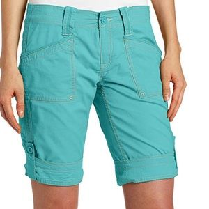 Aventura Arden Shorts Turquoise size 2